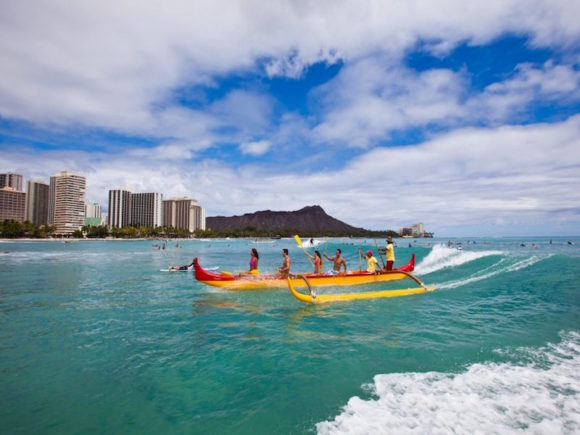 Hawaii-Tourism-Canoeing-954x636