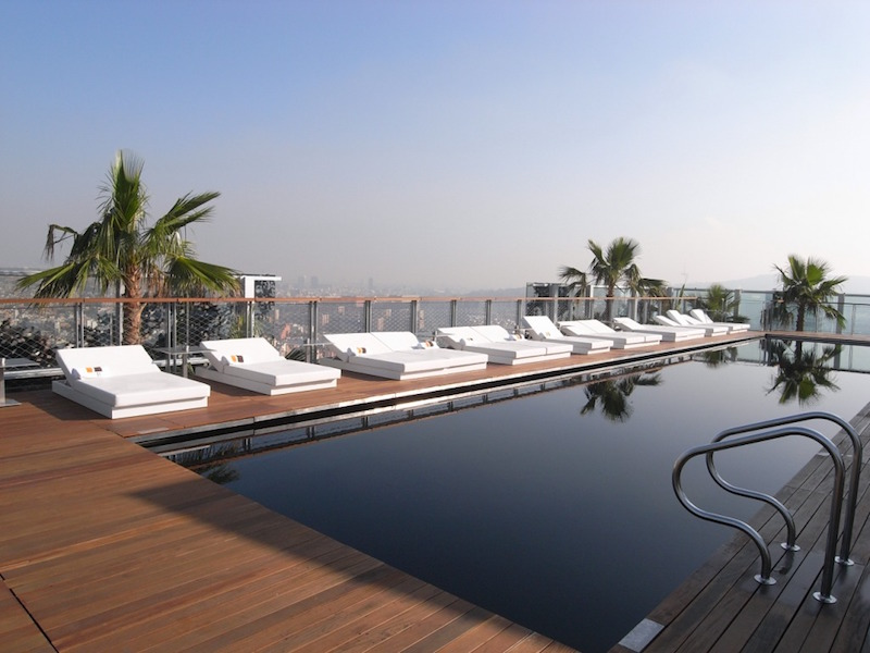 Save Up To 45 At The Renaissance Barcelona Hotel Luxury